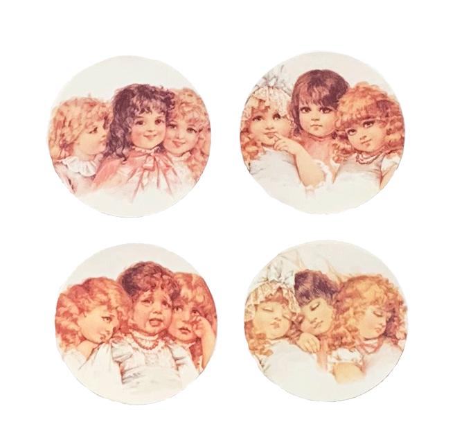 Sisters Mirror
